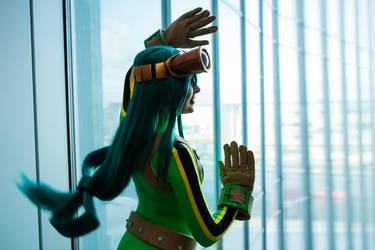 I whip my hair back and forth by Rinaca-Cosplay