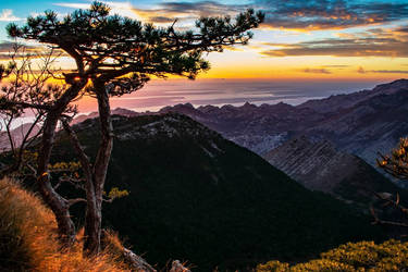 Black peak  by giantrider8