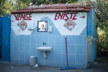 Toilet by serhatbayram