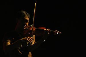 The Violin Player by latebraking