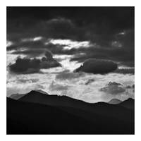 Mountains by anoxado