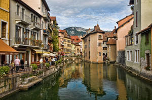 Canal Annecy 2 by arnaudperret