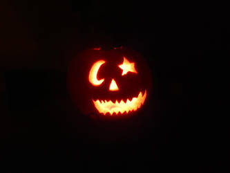 Silly Pumpkin Carving by soraissupercute