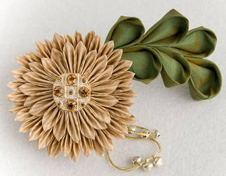 Paloma: Kanzashi Barrette by fourwillows