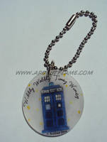 Wibbly Wobbly Keychain by Purplefire40