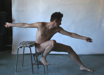 Malen Nude Gesture Seated by TheMaleNudeStock
