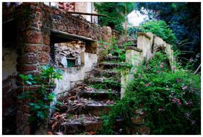 Spanish Ruin by SpanishSweet