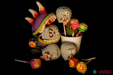 Halloween Plants vs Zombies by Ahookamigurumi