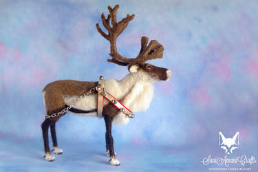 needle felted reindeer by SaniAmaniCrafts