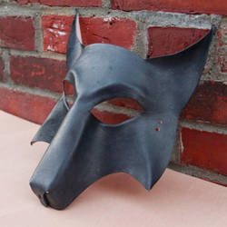 simple wolf mask by DracoLoricatus