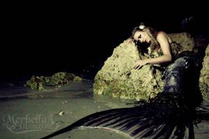 Dark Mermaid by MerBellas