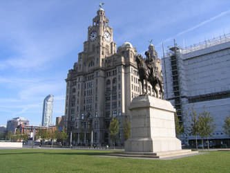 Liver Building + Edward VII by MajorMagna