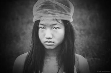 gypsy stare : II by MLBx