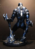 Venom painted back view by mycsculptures