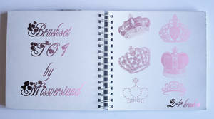 Brushset T01, Crowns by Missverstand