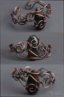 Bracelet with hawk's eye by scargeear