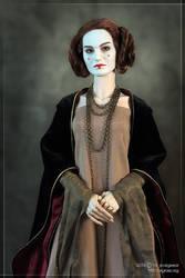 Whispering Grass Natalie as Amidala by scargeear