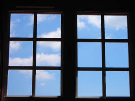 Clouds in the window by zertrin