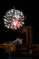The Blooming Fireworks in Night by YusukeDigitalDesign