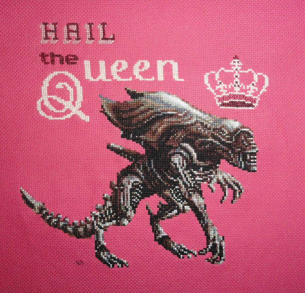 Alien Queen_Xstitch by Zeephra
