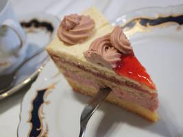 Buttercream Cake by kenazmedia