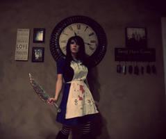 Alice in the Dark by vampiresugarrush