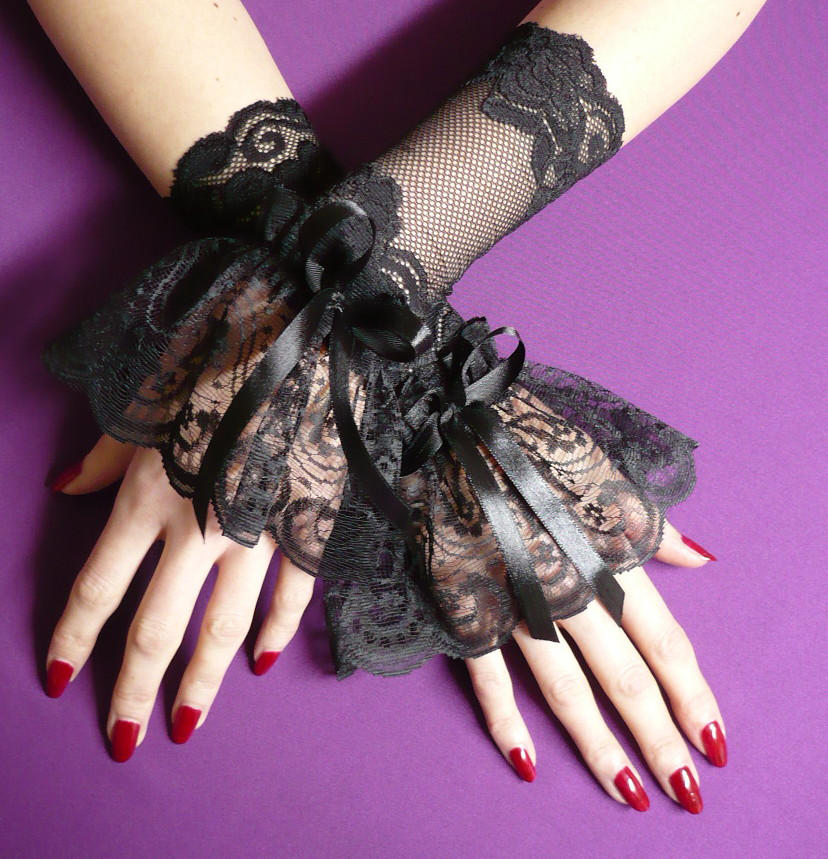Gothic lace gloves by Estylissimo on DeviantArt 65a1ed97d1a0