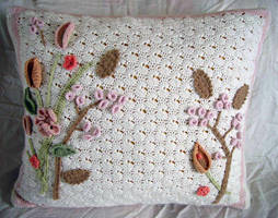 Crochet Art Nouveau Pillow by meekssandygirl