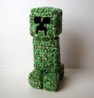 Crochet Minecraft Creeper by meekssandygirl
