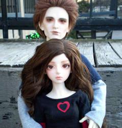Edward and Bella by binaryeclipse