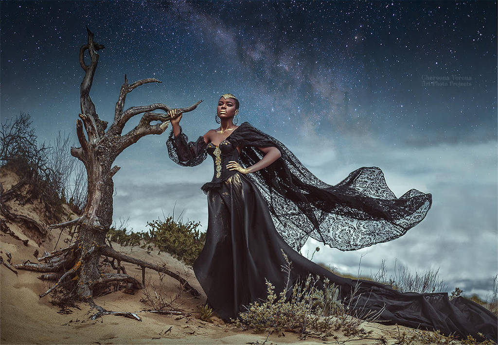 The Desert Empress by chervona