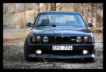 BMW M5 by SebastianSkarp