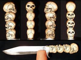 Skull Knife by Itsmerick