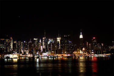 New York Skyline by sevtech