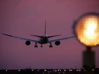 Night Landing 5 - Arlanda Trip 6 2018 by Stoy