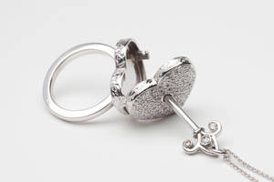 locking heart ring 2 by w-l-g