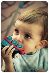 Blue eyed kid by greenkey15