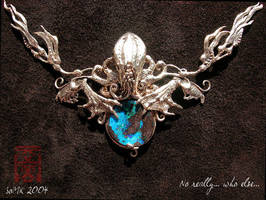 Cthulhu - Gold and opal (Daily Deviation) by somk