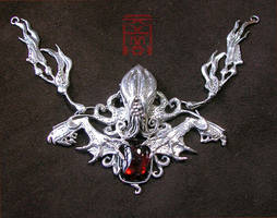 Cthulhu silver and garnet by somk