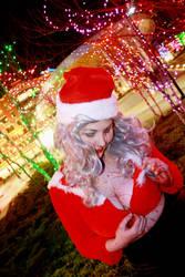 Santa baby by xXxHecatexXx