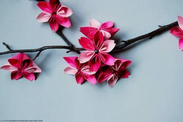Sakura origami by littlemewhatever