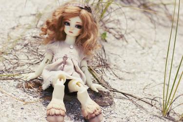 bleached beach by aisu-isme