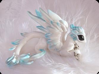 Sky dragon - keyholder by AlviaAlcedo