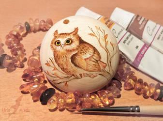 Autumnal owl by AlviaAlcedo