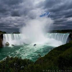 Niagara Falls by La-Vita-a-Bella