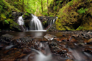 Emerald Falls by La-Vita-a-Bella