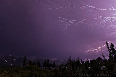 Lightning at Paradise by La-Vita-a-Bella