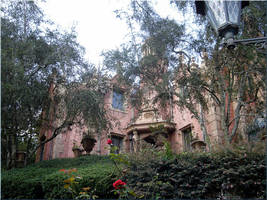 Haunted Mansion by WDWParksGal-Stock