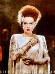 Elsa Lanchester ~~ 1935 ~~ colourised by Maria-Musikka