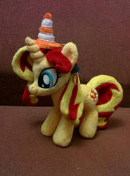 Sunset Shimmer and VLC cone by shindeeru